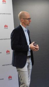 Ο επικεφαλής του Handset Portfolio & Planning Europe της Huawei Technologies, Arne Herkelmann.